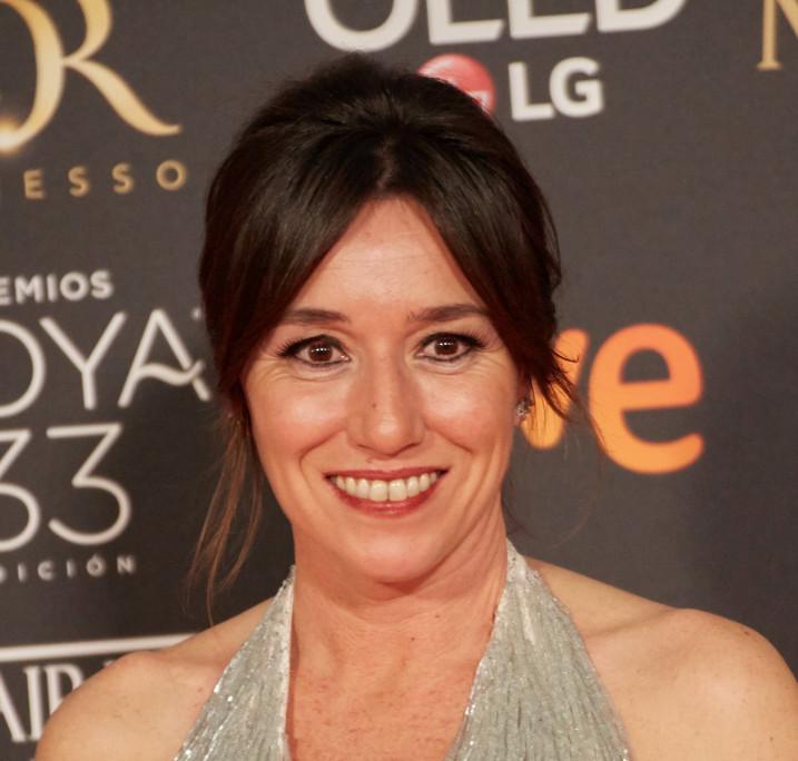Premios_Goya_2019_-_Lola_Duenas_01.jpg