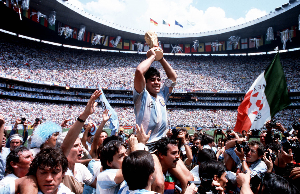 113_DM-w-World-Cup-1986-Getty-79052641.jpg