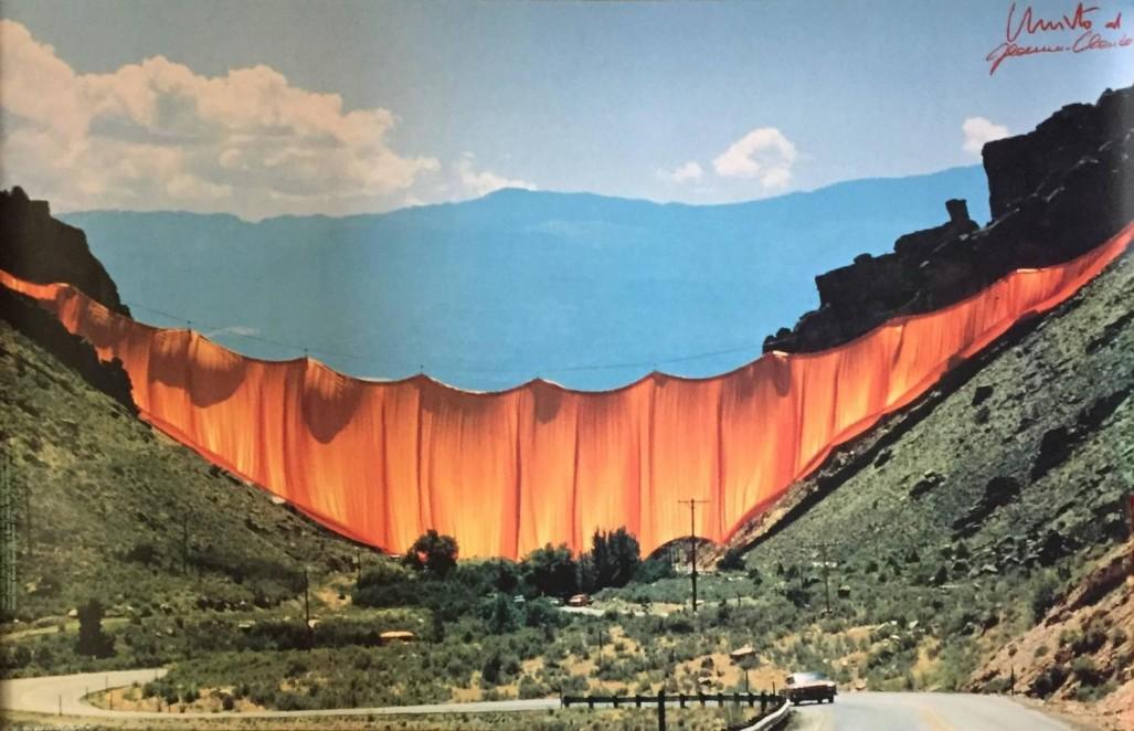 Christo-s-Valley-Curtain-1.jpg