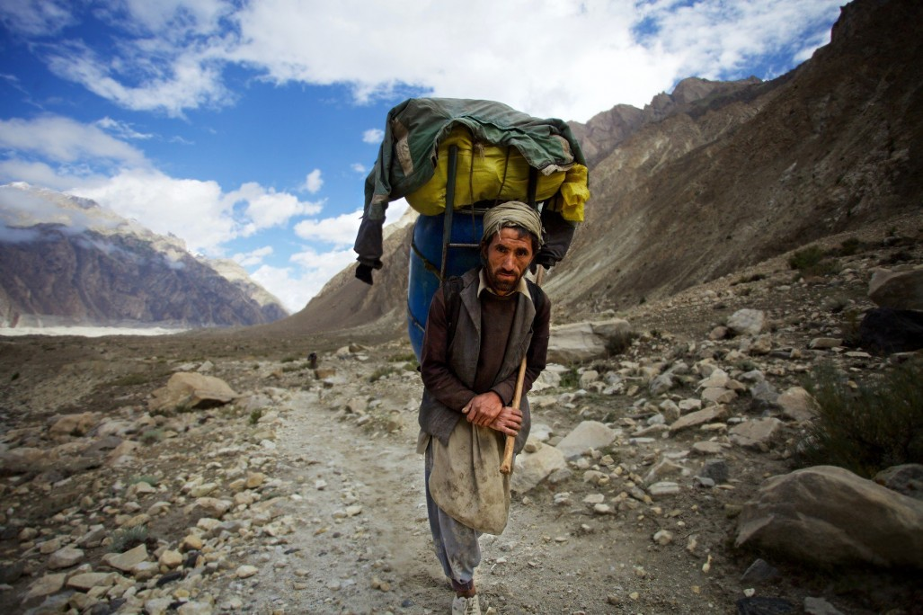 k2-and-the-invisible-footmen-1-1800x1199.jpg