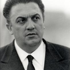 Federico-Fellini2_438x600.jpg