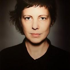 AdinaPintilie-Berlinale-portrait-1_517x768.jpg